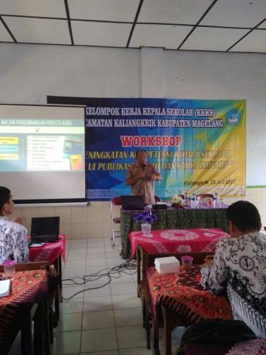 Workshop Peningkatan Kompetensi Kepala Sekolah Melalui Publikasi Ilmiah dan Karya Inovatif